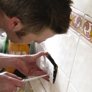 Wiring a Plug Socket